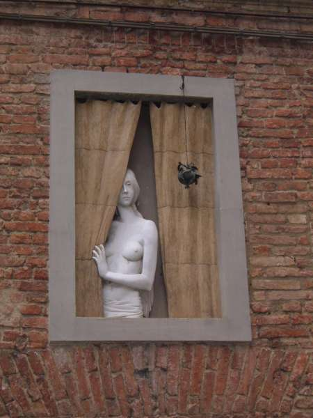 La finestra di stefania idee e foto di finestre fiorite - Affacciati alla finestra amore mio ...