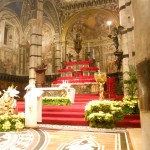 altare maggiore del duomo di siena per natale