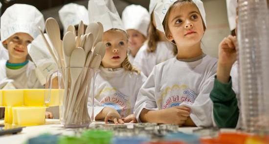 La finestra di stefania bambini in cucina arriva il corso for Corsi di cucina per bambini