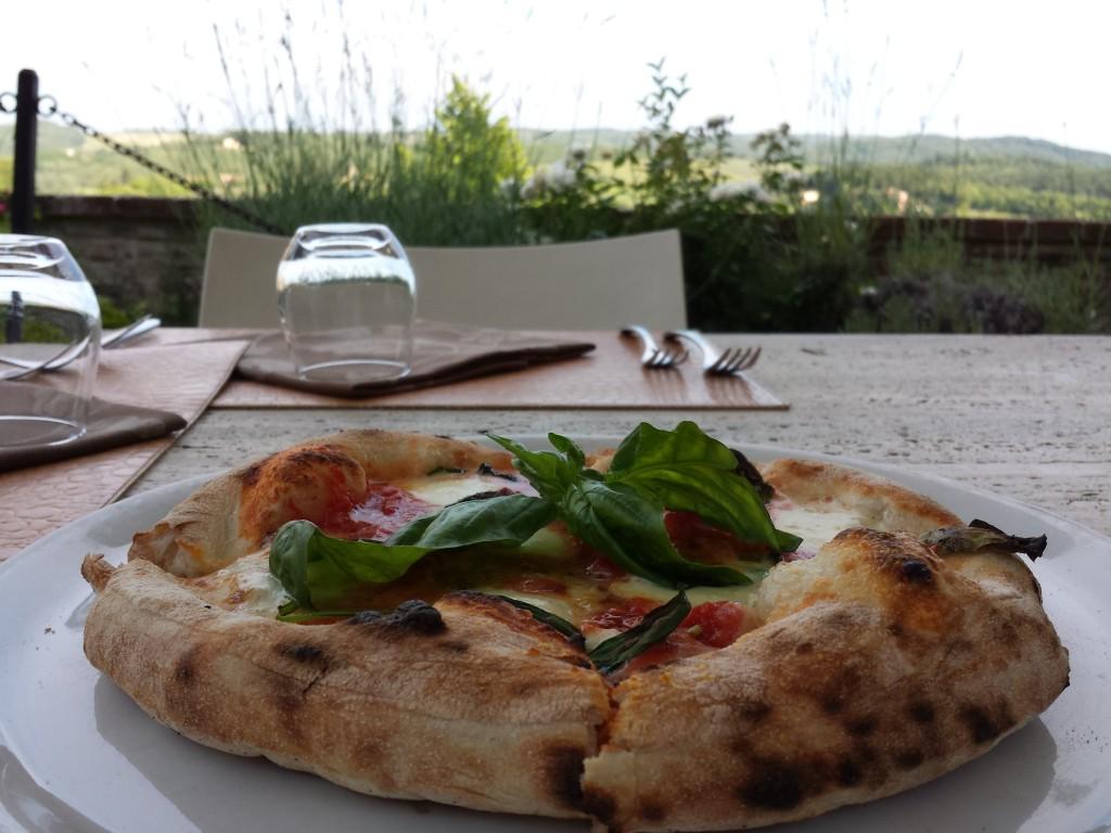 la vera pizza napoletana come è fatta