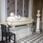 monumento funebre in marmo a siena