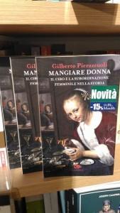 Il libro sul mangiare della donna di Gilberto Pierazzuoli